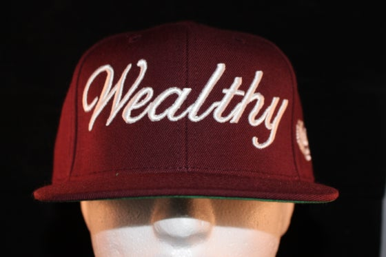 Image of Wealthy Snapback Burgundy / White