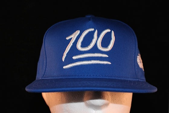 Image of 100 Snapback Royal Blue / White