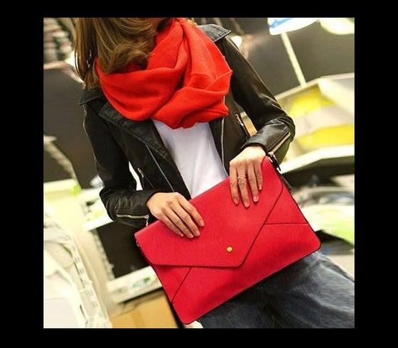 Image of Red Clutch