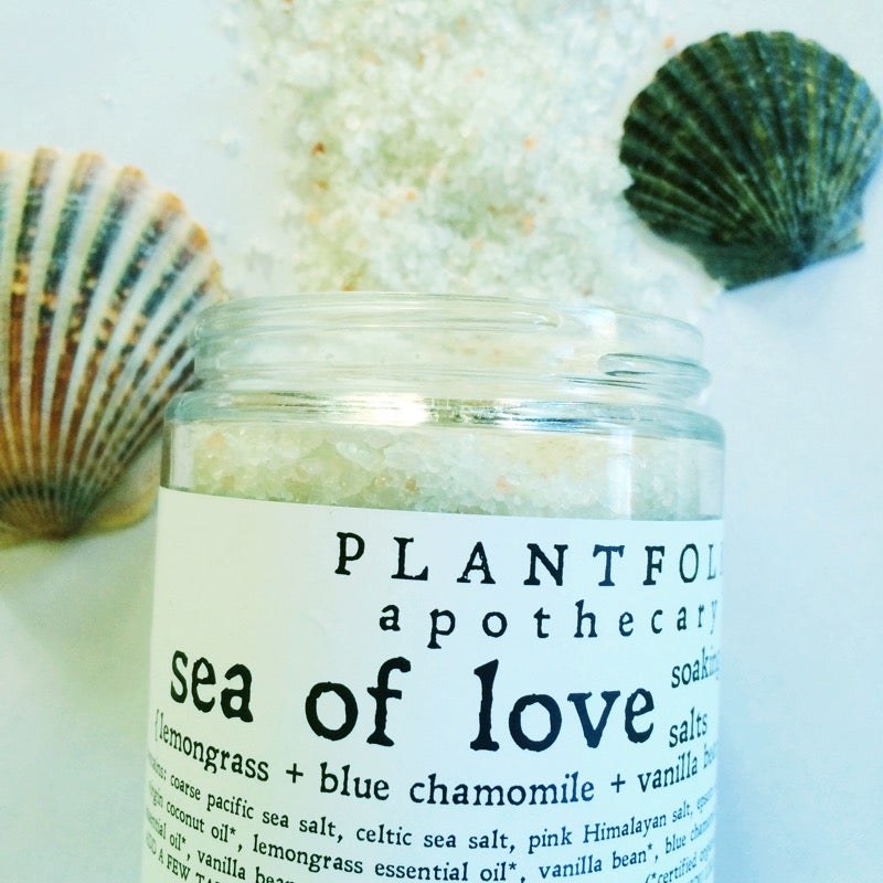 Image of sea of love {lemongrass + blue chamomile+ vanilla bean} botanical salt salt
