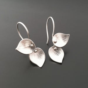 Image of Petite Double Leaf Earrings, bright
