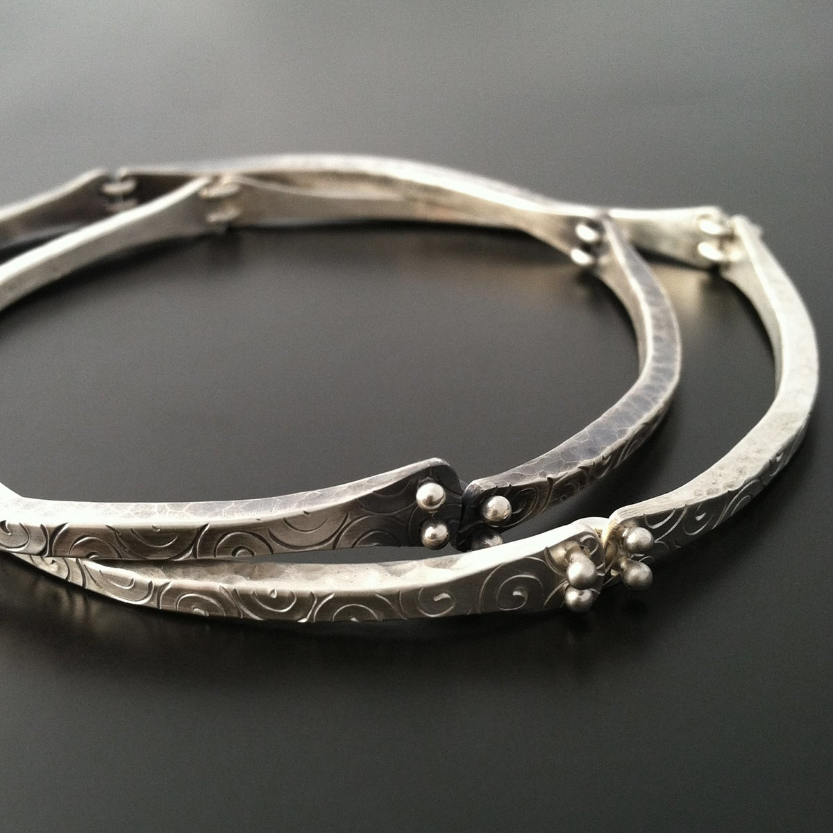 Square Charm Bracelet: Square Wire Bangle / Ai Jewelry
