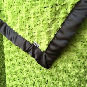 Image of Plush Green Swirl