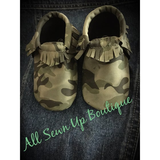 Image of Camo baby moccasins FREE SHIPPING