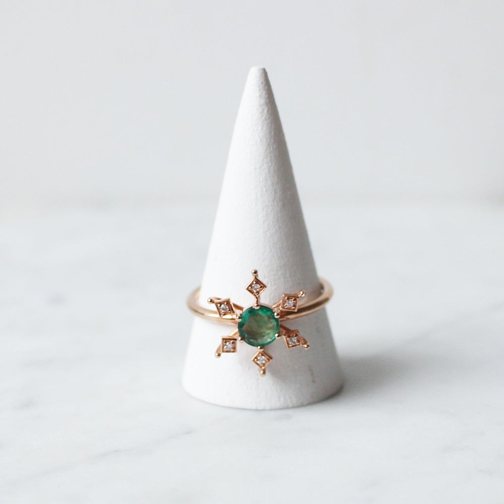 Image of Emerald Snowflake Ring