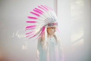 image de Coiffe indienne néon rose