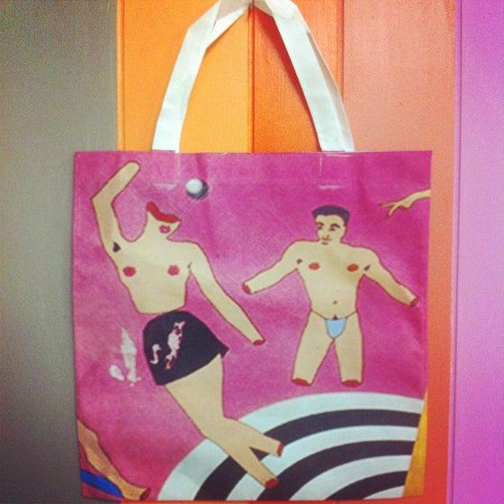 Image of POP ME BAG