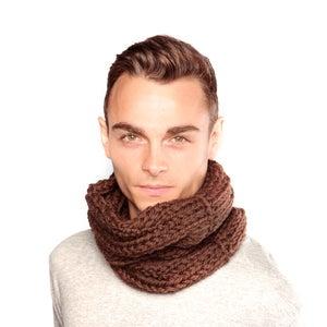 Image of Brown Wool Snood