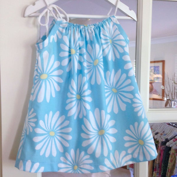 Image of Sunshine and Daisies Dress