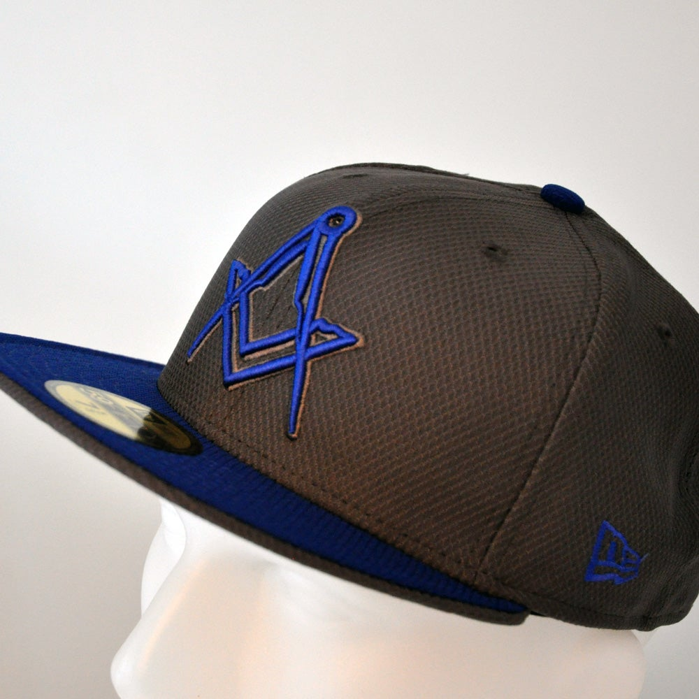 Image of New Era 5950 - Graphite w/ Royal visor Diamond Era *SALE*