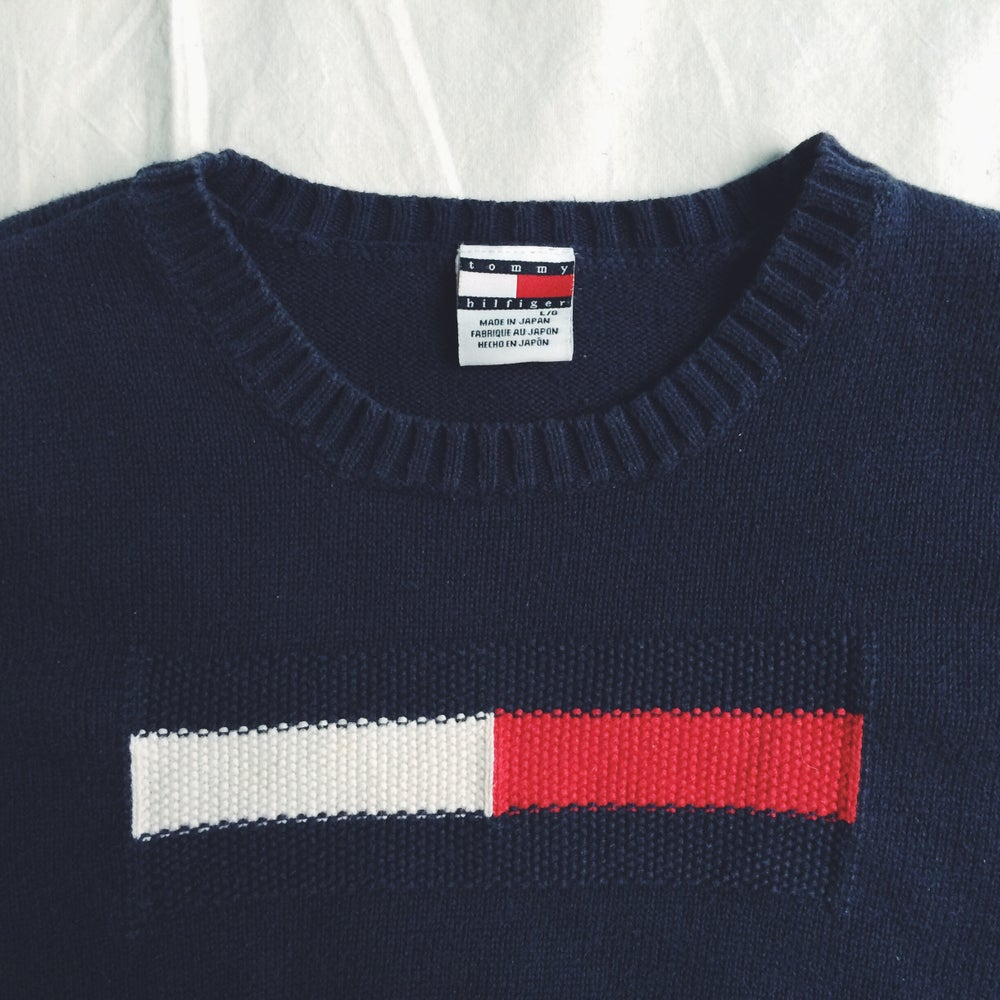 Image of Tommy Hilfiger crop top sweaterTommy Hilfiger Crop Top