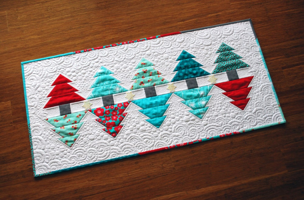 Image of Christmas Reflections Runner & Mini - PDF Pattern