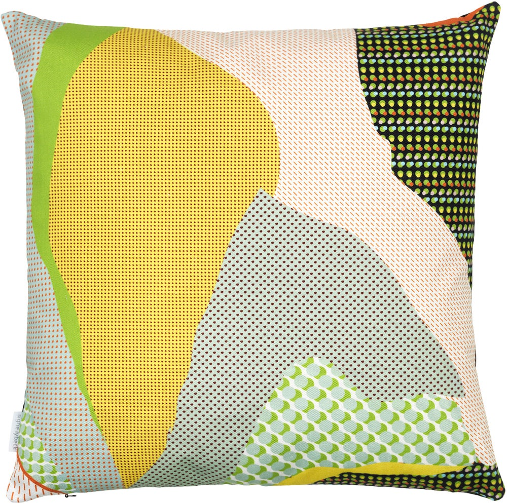 Image of 'KOTE' cushion K4