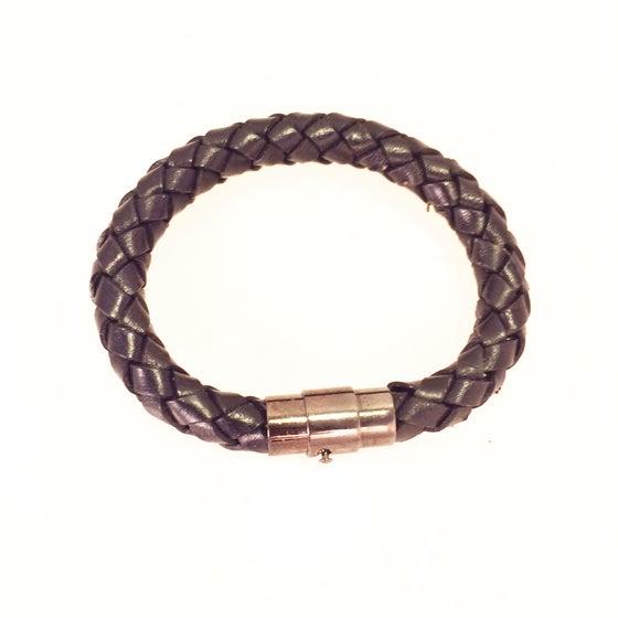 Image of the basic leather braid bracelet
