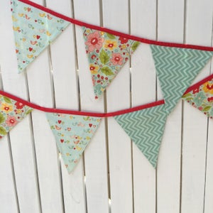 Image of Love Birds Bunting Flags
