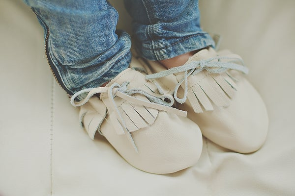 Image of Cream Fringe Moccasins