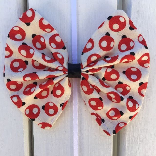 Image of Lady Beetles Hair Bow