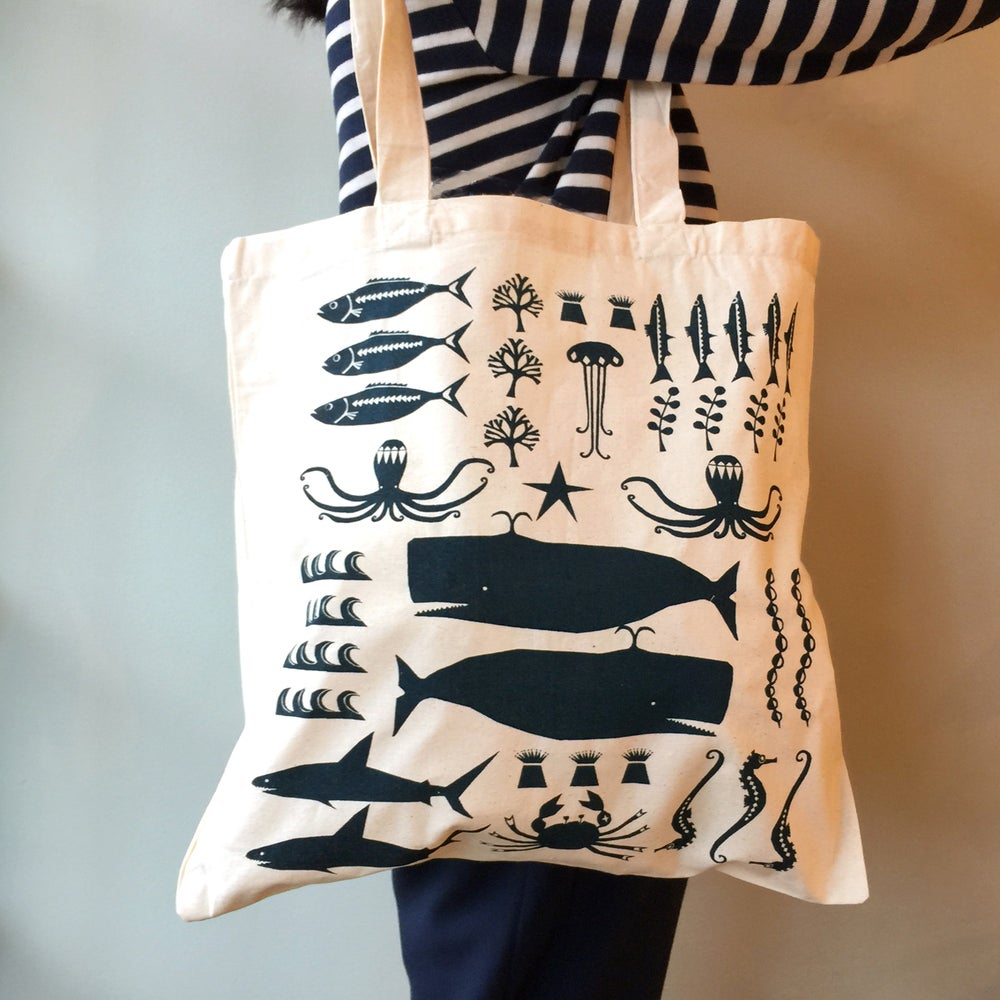 Image of SWIMMING IN THE SEA TOTE BAG