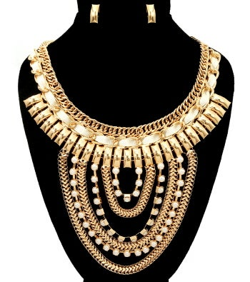 Image of Huge Necklace