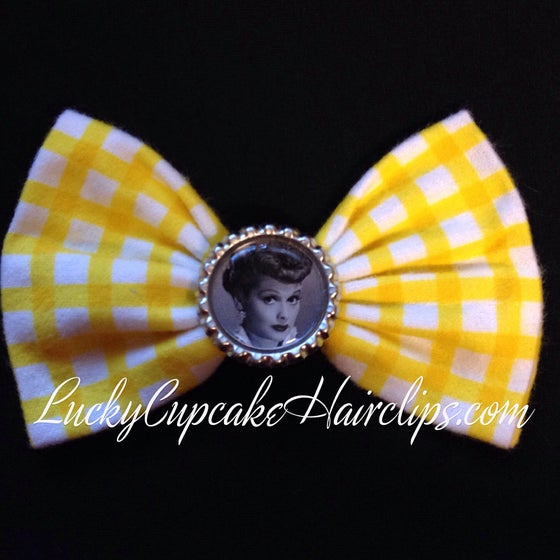 Image of Lucille bow
