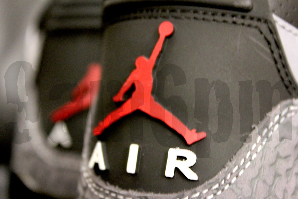 "Image of Nike AIR JORDAN 3 RETRO ""STEALTH"""
