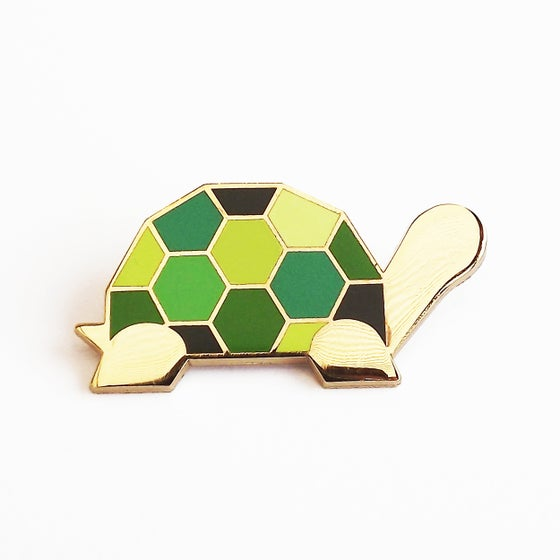 Image of GREEN TORTOISE BROOCH