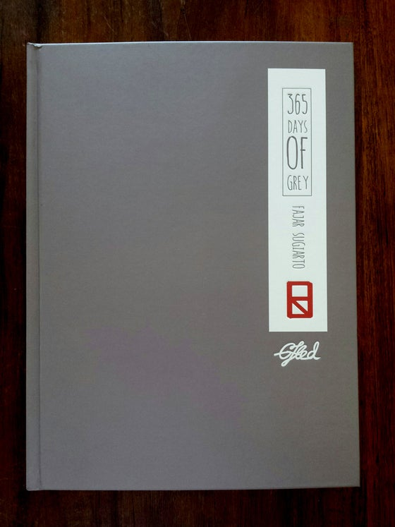 Image of 365 Days of Grey Book