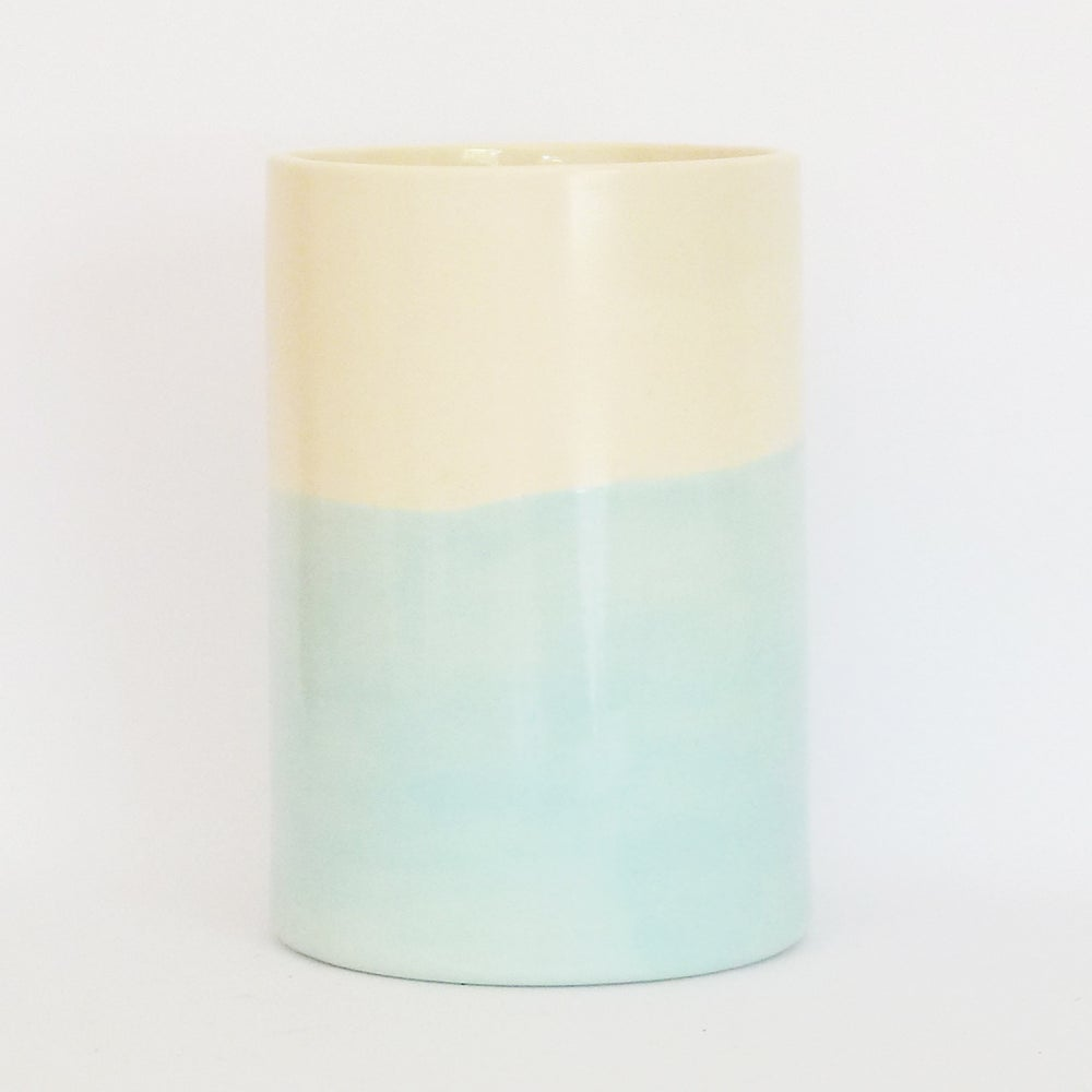 Image of BLUE WASH BEAKER (LARGE)
