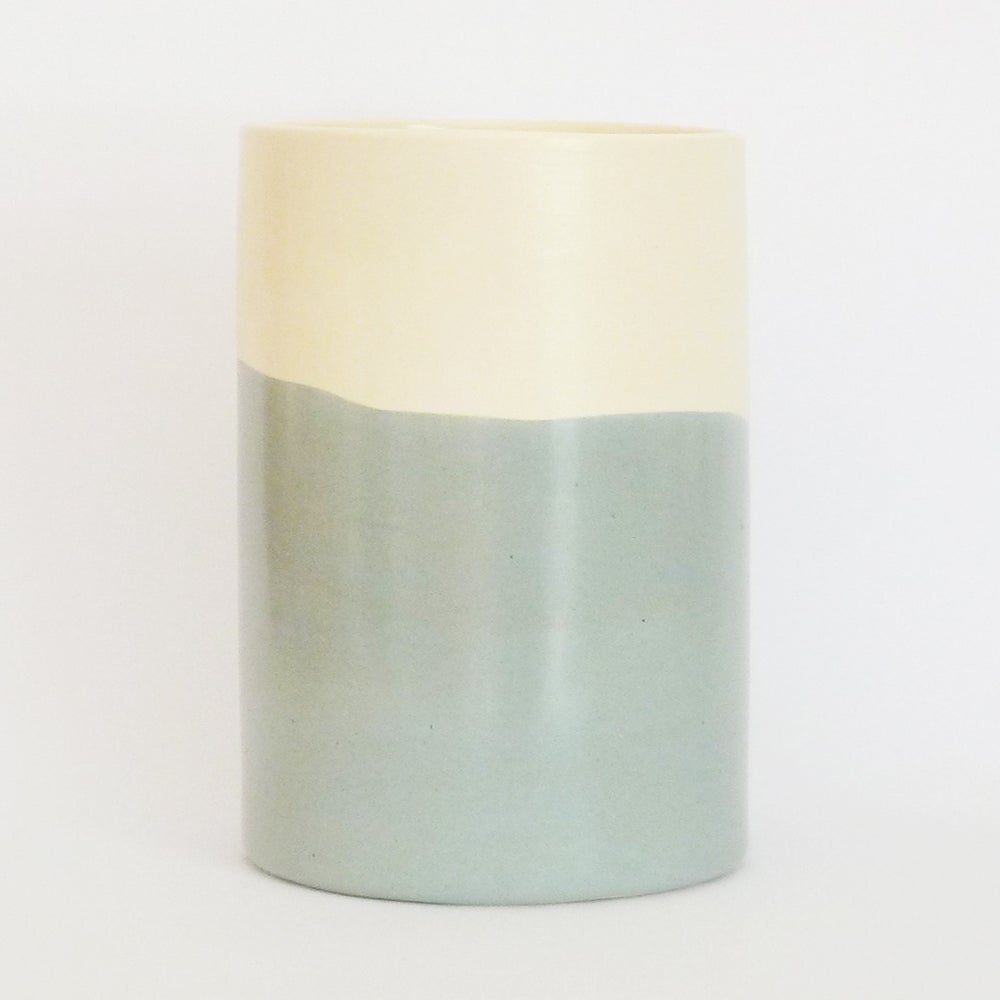 Image of GREY WASH BEAKER (LARGE)