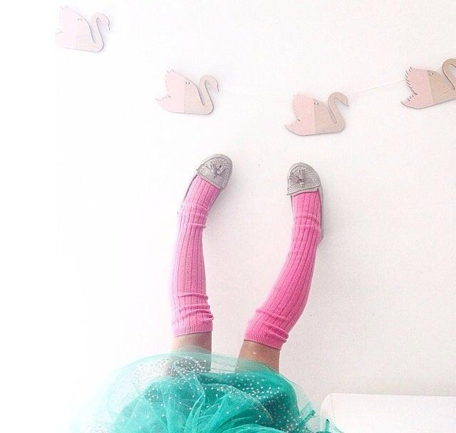 Image of SWAN GARLAND [Wood, Pastel Pink Acrylic or Mirror]