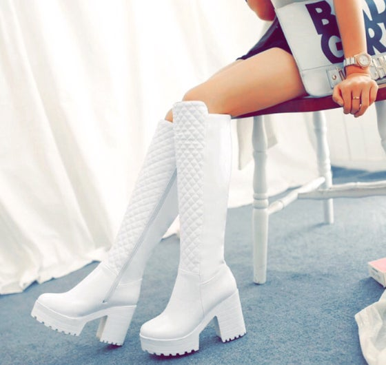 Image of IZZY KNEE HIGH QUILTED BOOTS