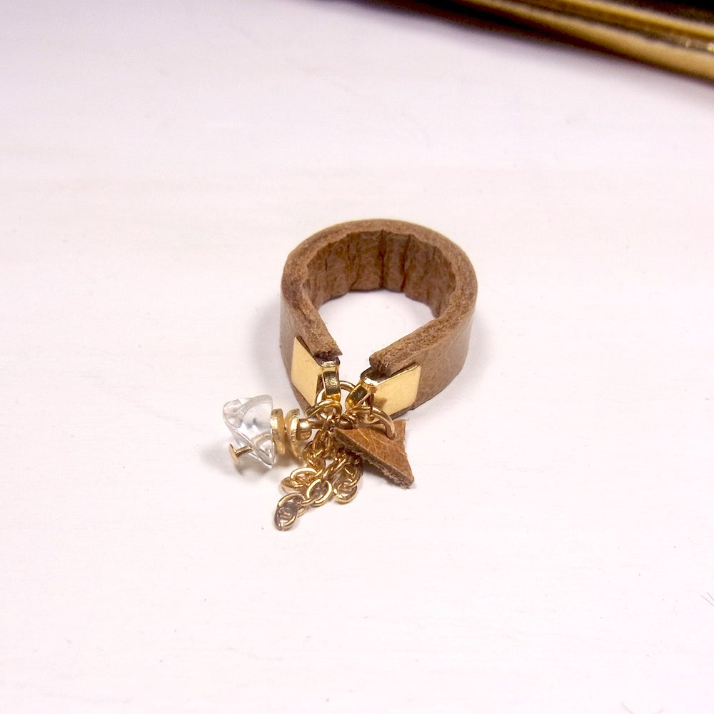 Image of Citrine and tan hot chip ring - slim band