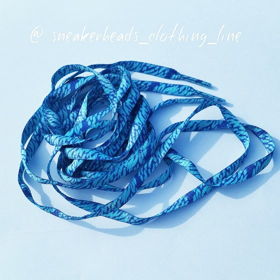 "Image of Exclusive ""Blue Wavy"" LE Custom Laces"