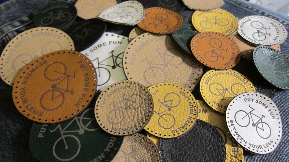 Image of LEATHER PATCH CIRCLE