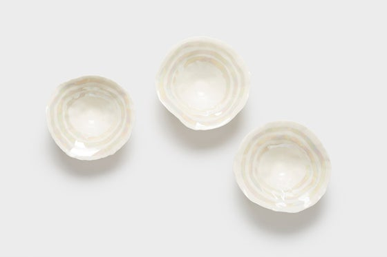 Image of Mother of Pearl pinch pot (small)