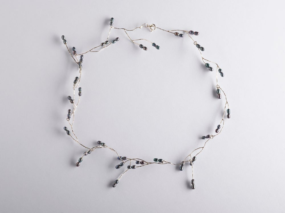 Image of twiggy necklace in silver black pearls