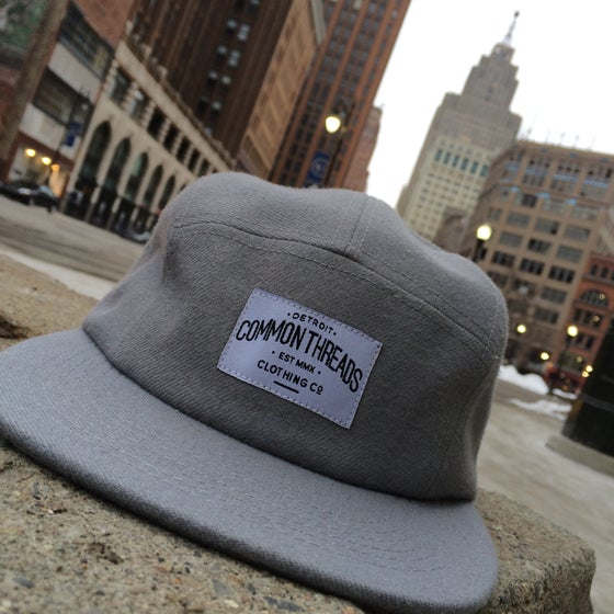 Image of Grey 5 Panel