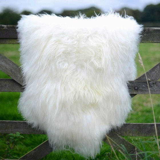 Image of NATURAL SHEEPSKIN SIZE L - XXXL