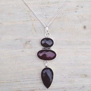 Image of Garnet Pendant Necklace