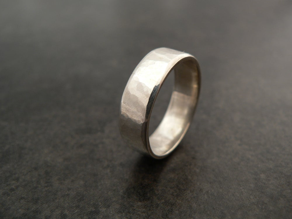 Image of Hammered Band Ring - filed edges