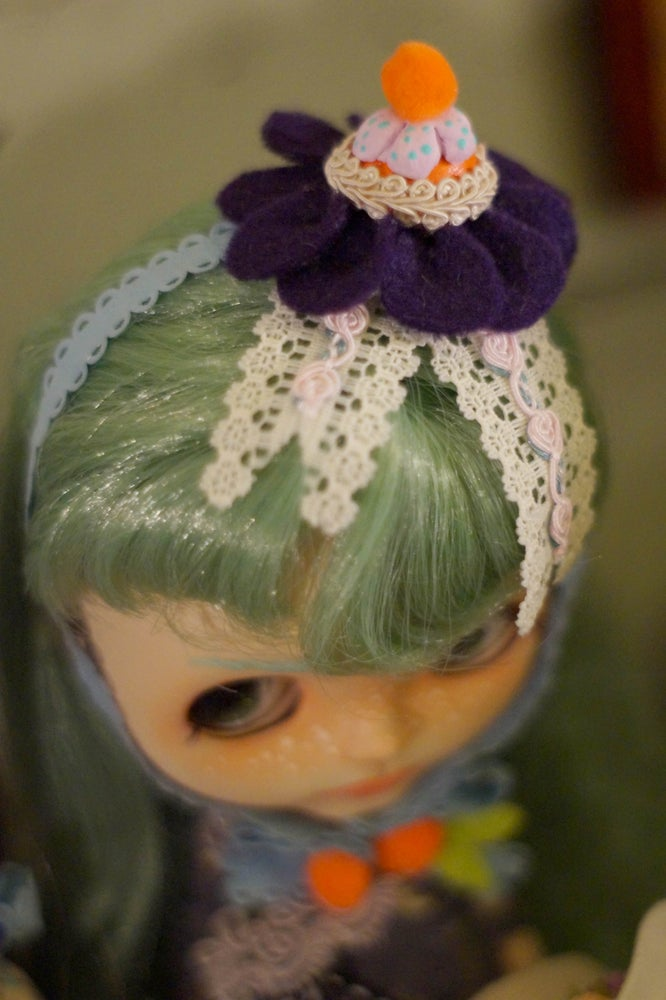 Image of Candy Hat Orange by Rhodora Jacob : Date w/ Blythe Auction