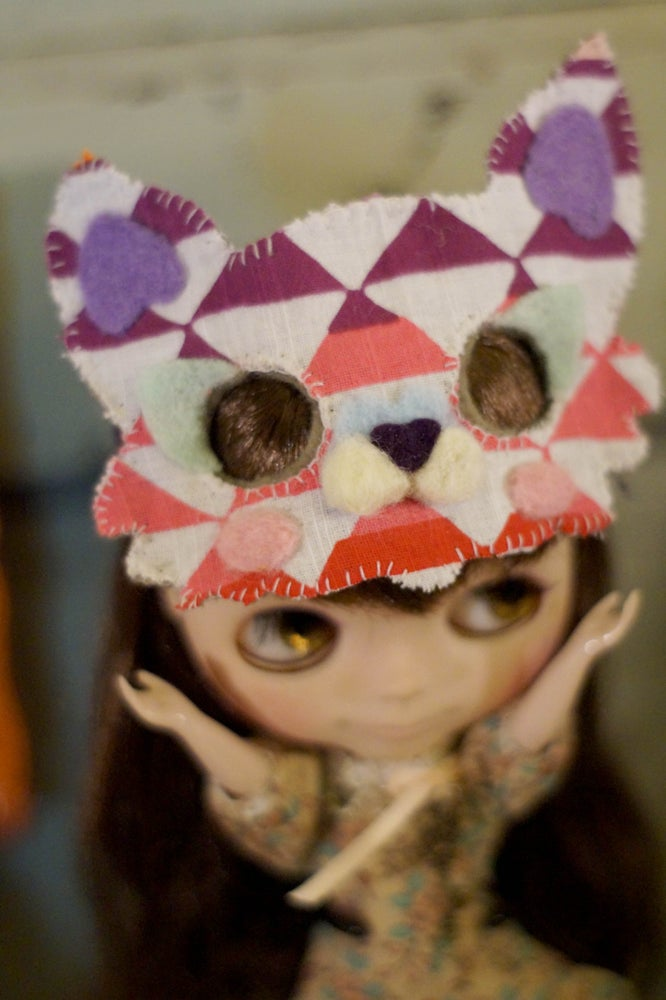 Image of Blythe Cat Mask by Rhodora Jacob : Date w/ Blythe Auction