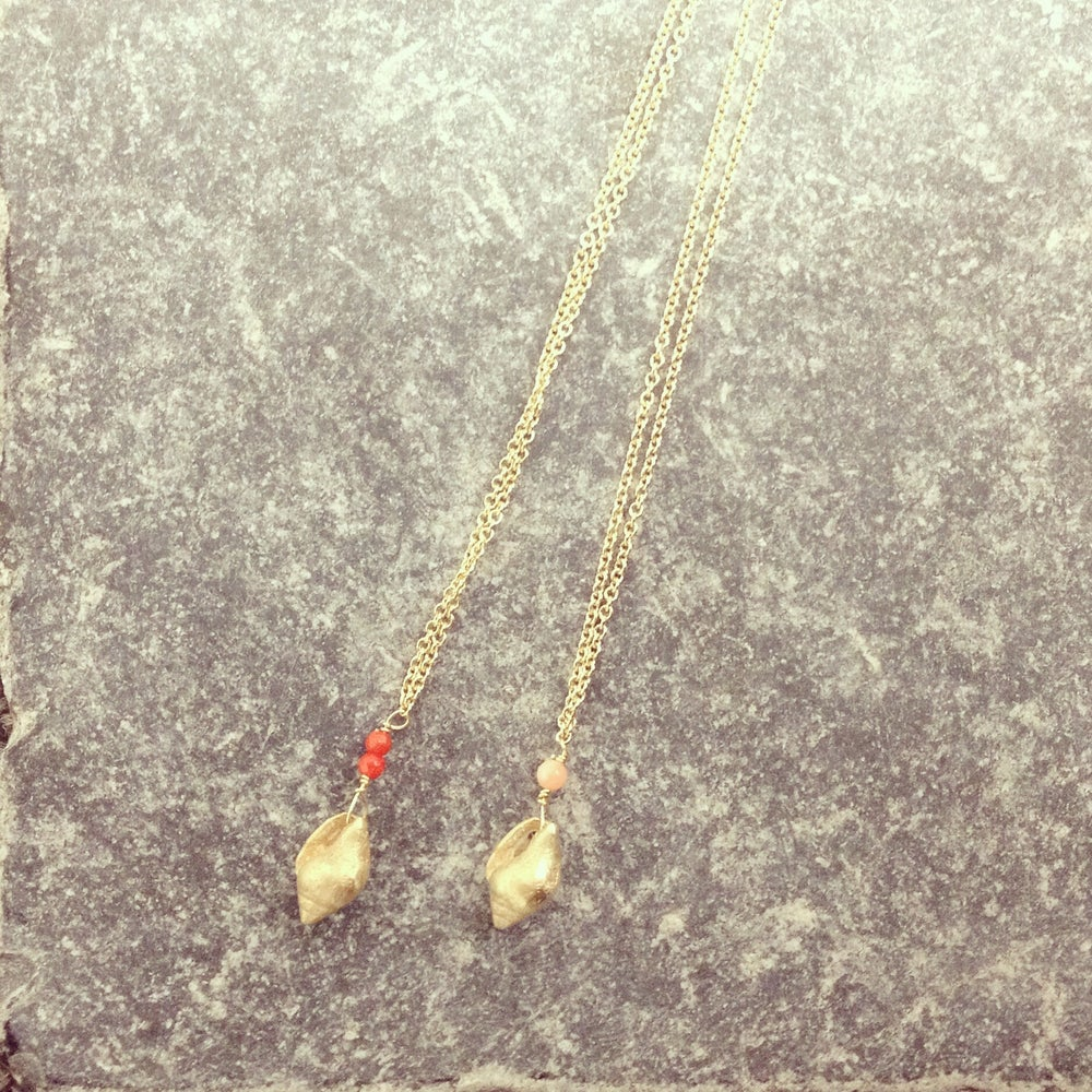 Image of 9ct gold shell necklace