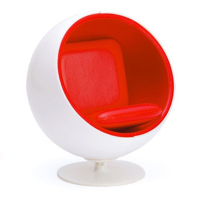 Earth nest designer chairs miniature ball chair by for Mini designer chairs