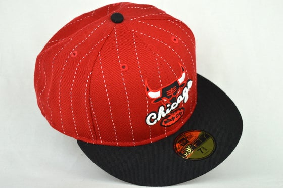 Image of CHICAGO BULLS RED & BLACK PINSTRIP NEW ERA FITTED CAP