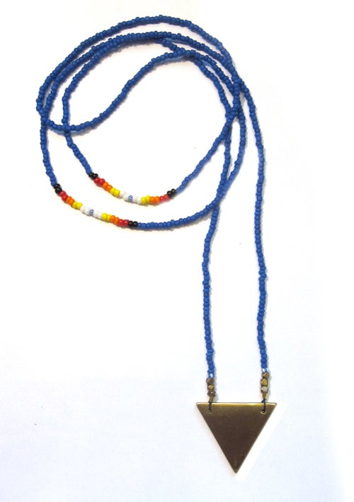 Image of TRIANGLE hand-beaded necklace