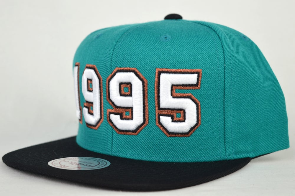 Image of VANCOUVER GRIZZLIES EXPASION PACK 1995 MITCHELL & NESS SNAPBACK HAT