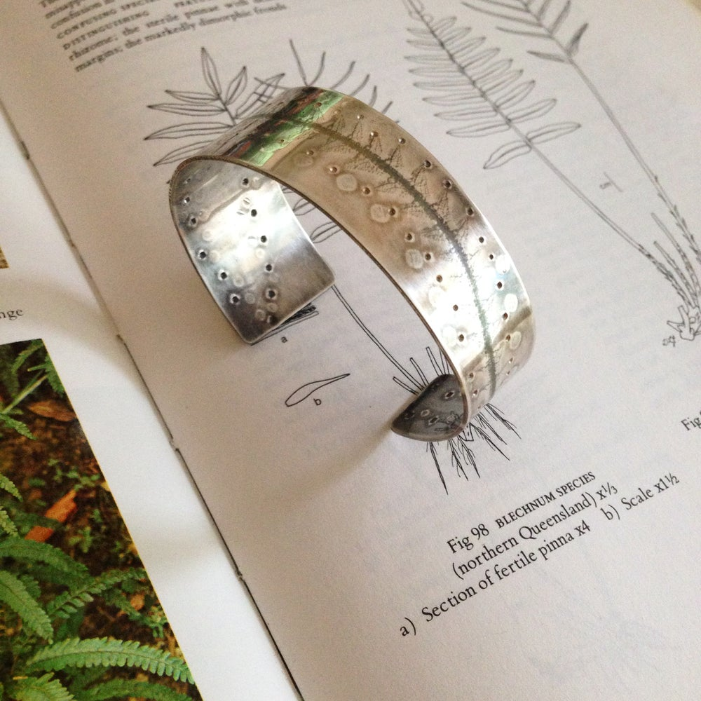 Image of LEAF CUFF: PRICKLY MOSES