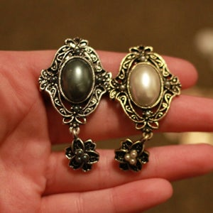 Image of Vintage Pearl Dangles (sizes 9/16-3/4)