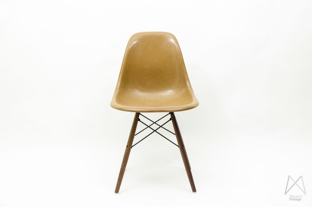 Image of Eames Herman Miller DSW Fiberglass Light Brown Walnut Dowel Base